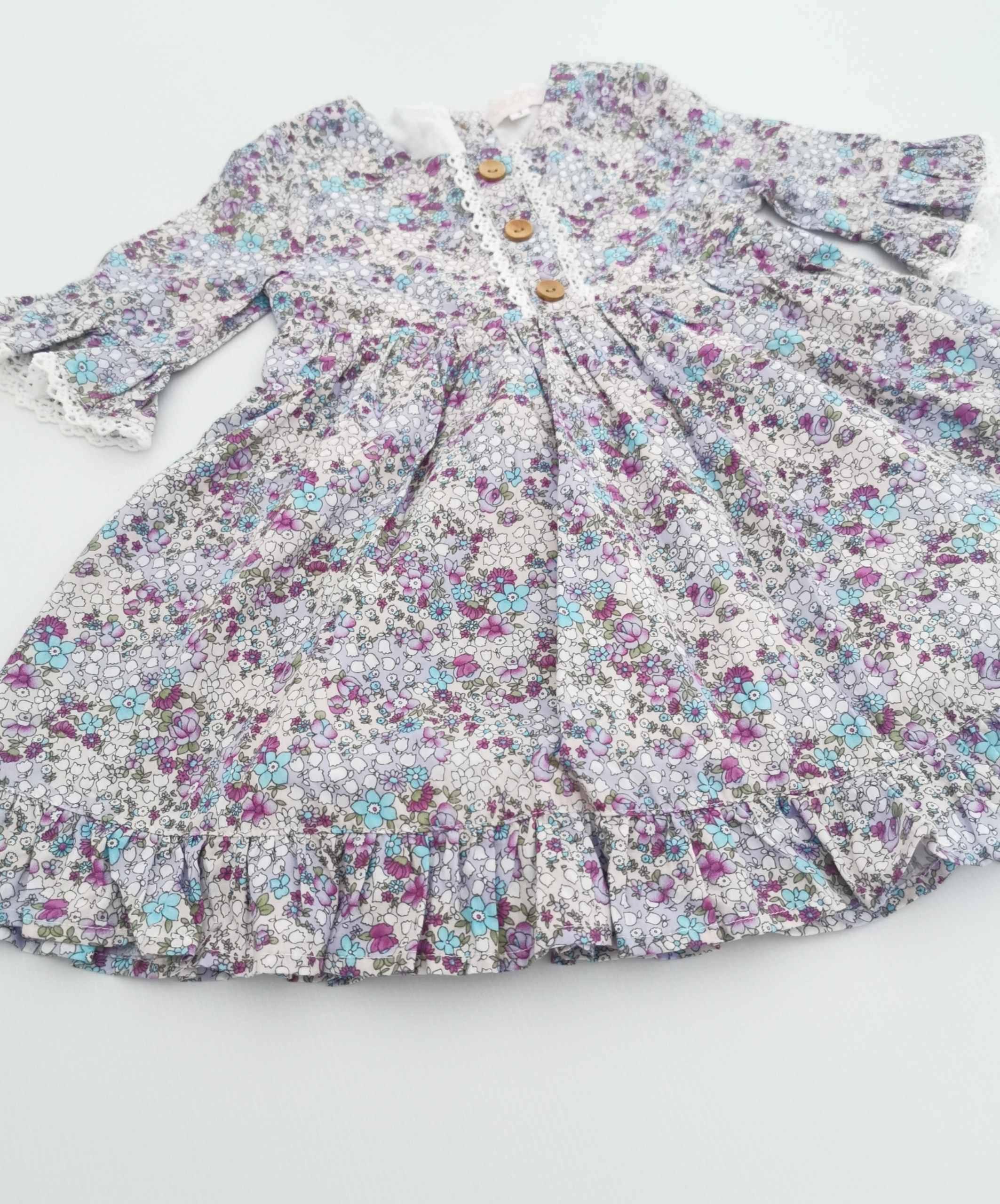 Gorgeous vintage dress
