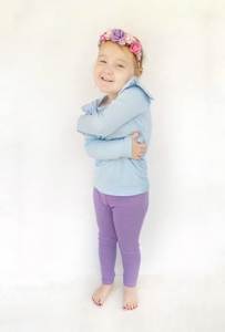 Lilac leggings with blue flutter