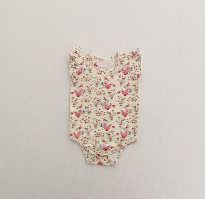 Louise sleeveless flutter