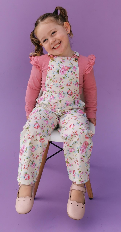 stunning girl in overalls